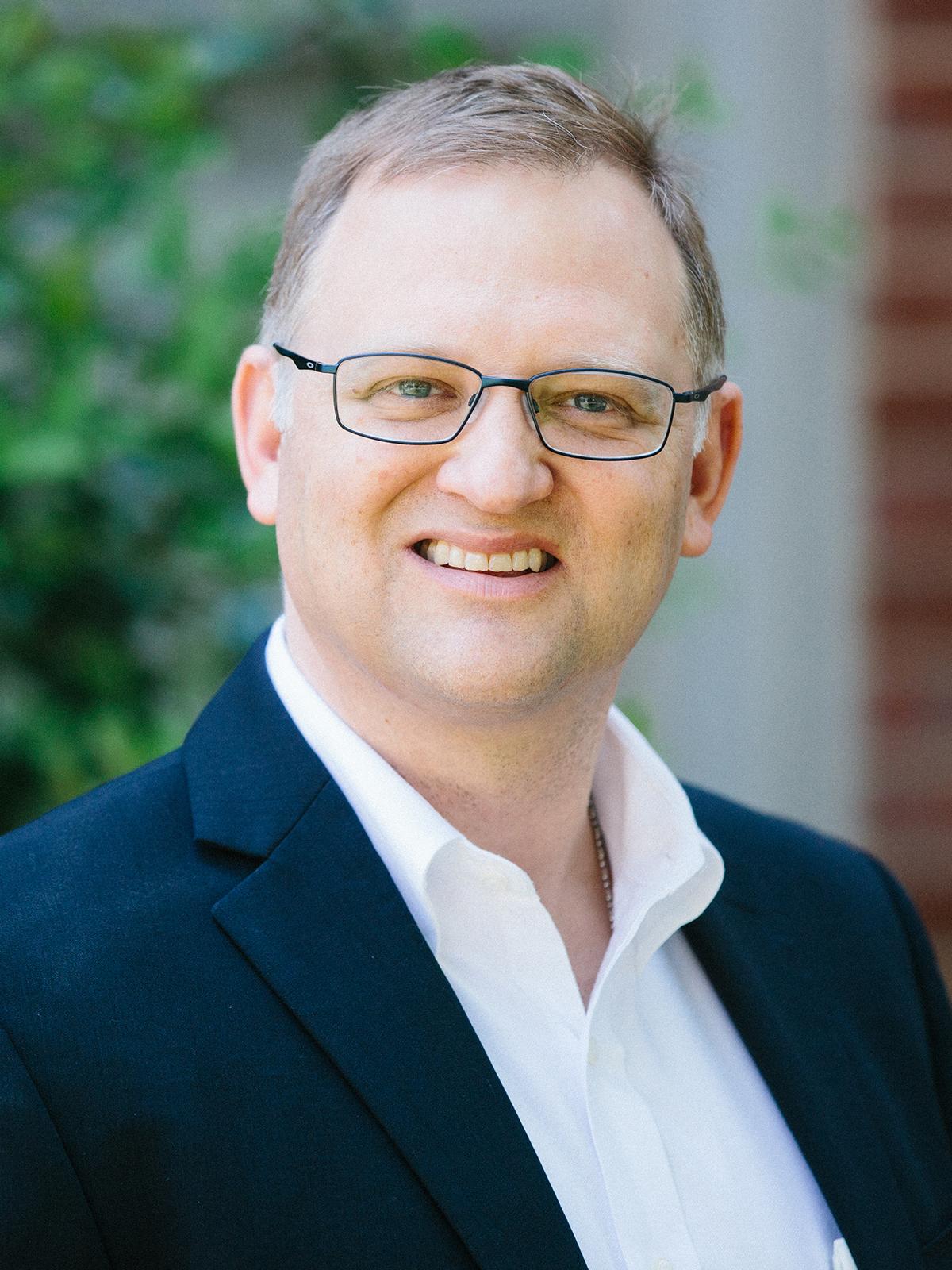 Eric Houck portrait image