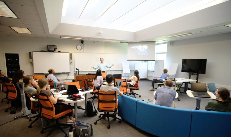 Academics: Classroom image
